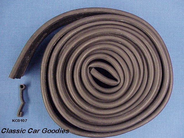 1965-1967 Pontiac Fender Skirt Rubber 1966